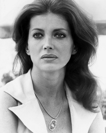 Fort Worth, Texas, USA, 1943-02-6, Gayle Hunnicutt