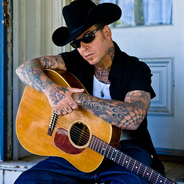 Lynn, Massachusetts, USA, 1962-04-3, Mike Ness