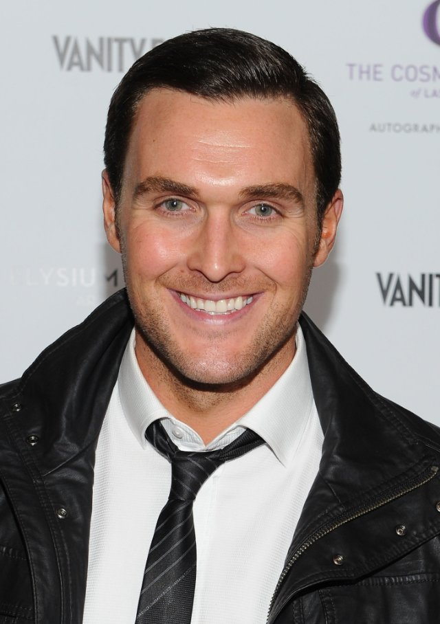 Owain Yeoman earned a  million dollar salary, leaving the net worth at 3 million in 2017