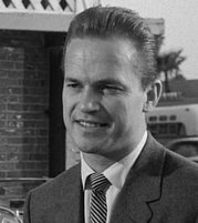 ralph meeker kiss me deadly